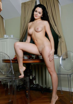 Hot Shaved Pussy Photos